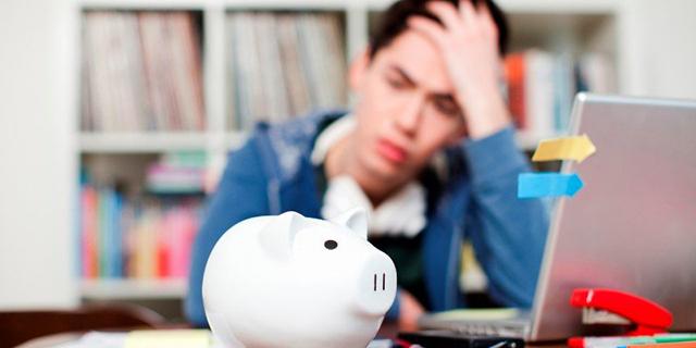 Áp lực trả nợ lớn khi vay tiền du học Nhật Bản