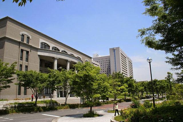 Trường đào tạo điều dưỡng Osaka