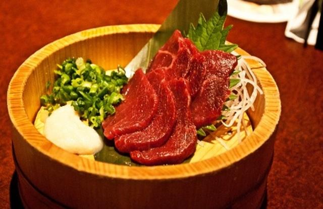 Thịt ngựa tái – món ưa thích của người Nhật